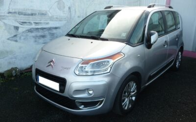 N°8698  CITROEN C3 PICASSO 1.6 HDI 90 cv Exclusive