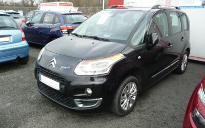 N°8773  CITROEN C3 PICASSO    1.6 HDI 110 cv Exclusive